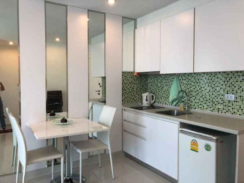 купить квартиру в паттайе джомтьен снять в аренду амазон 5